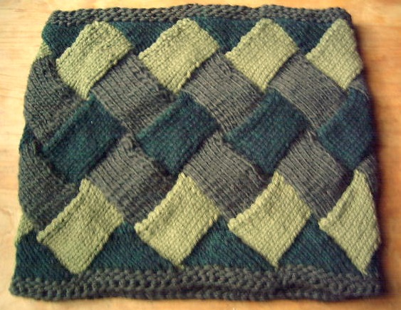 Infinity Neckwarmer from Gwen Bortner's Entrelac Knitting Craftsy class. I added the garter stitch borders because I didn't like the raw edges in the original pattern.