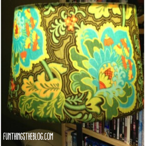 lamp-shade-cover-lint-roller.png